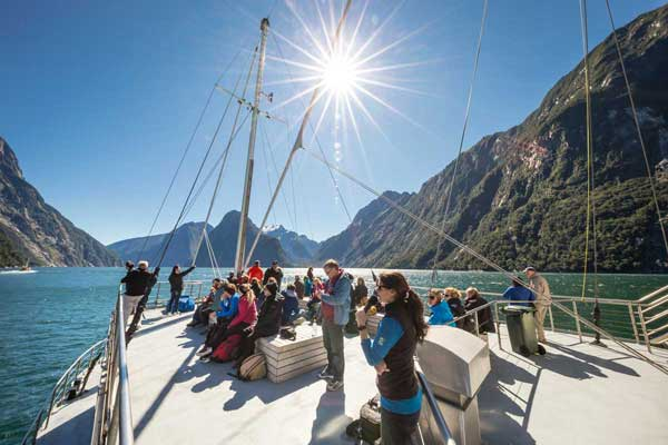 07 Day Scenic South Island Private Guided Tour