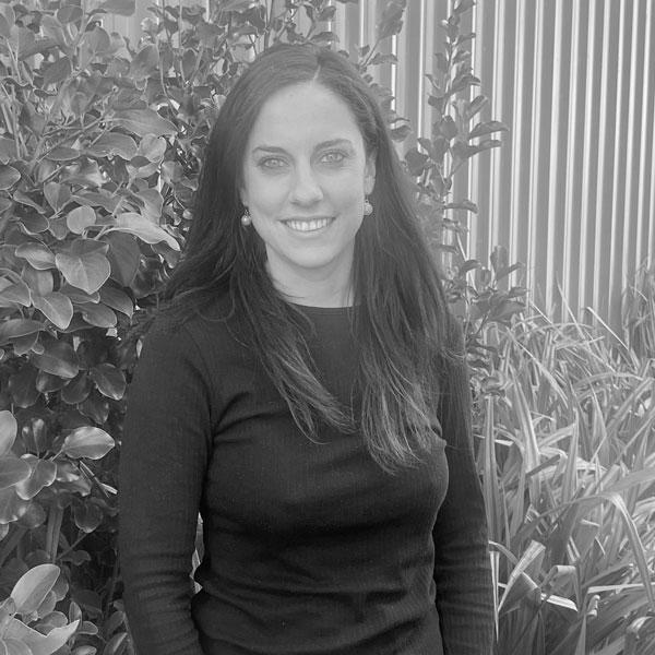 Nichole White – New Zealand Travel & Sales Consultant